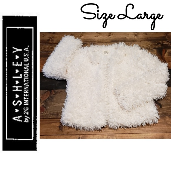 26 International Jackets & Blazers - Ashley by 26 International White Faux Fur Jacket L